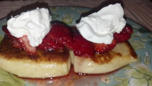 Cheese Blintz with Strawberries and Sour Cream