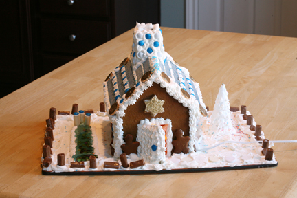 Chanukah Gingerbread House (2)
